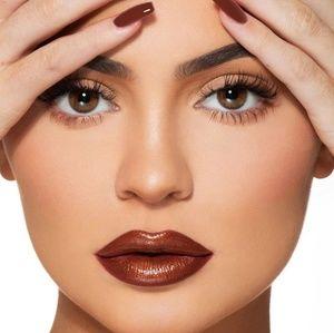 🆕️Kylie KKW, Double Trouble Liquid Lipstick